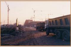 Gennaio 1994: il continuo lavoro dei camion.