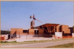 Aprile 1999: panoramica del complesso della Chiesa.