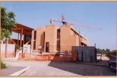 Aprile 1999: Chiesa vista dall'altro lato.